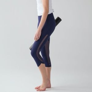 Revitalize Crop NWT